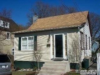 3 BR,  2.00 BTH  Cape style home in Locust Valley